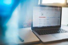 如何能让自己的律师网站在众多网站中脱颖而出